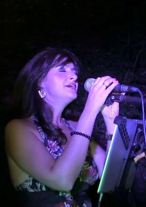 Actuación de cantantes en eventos